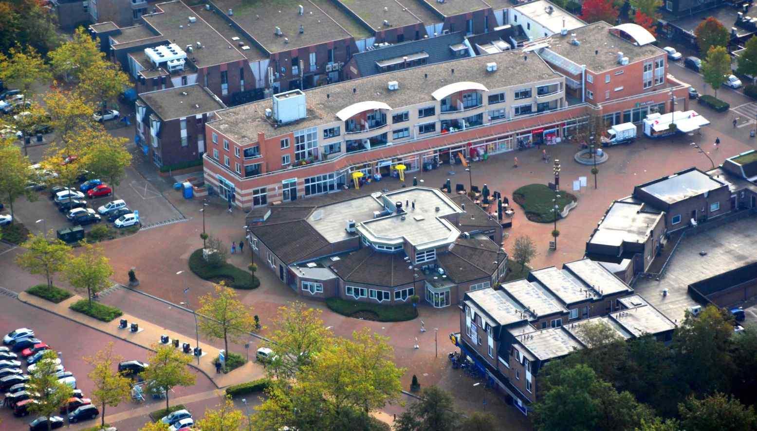 20141011a-Dorpshuis-De-Stuw-met-omgeving-Marcel-Schaap